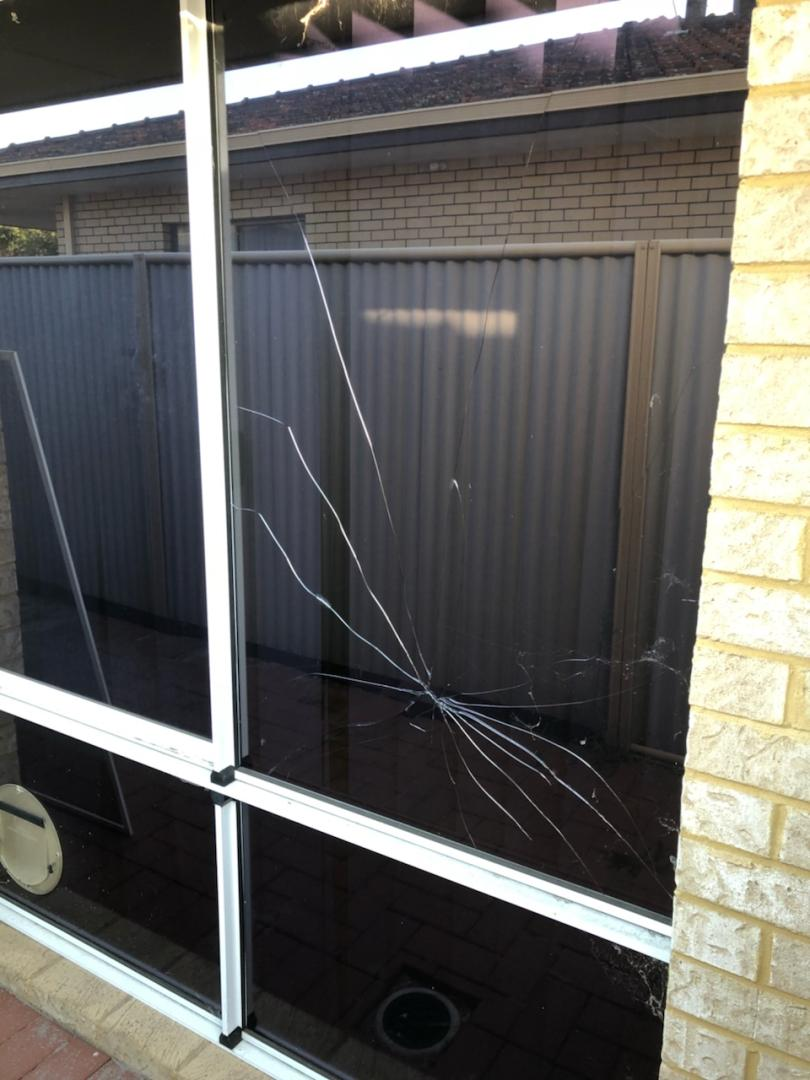 Glass repair to sliding window
