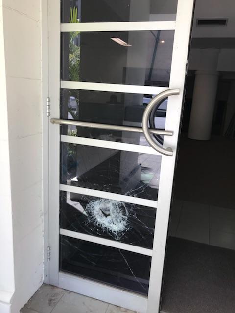 Glass repair to commercial door