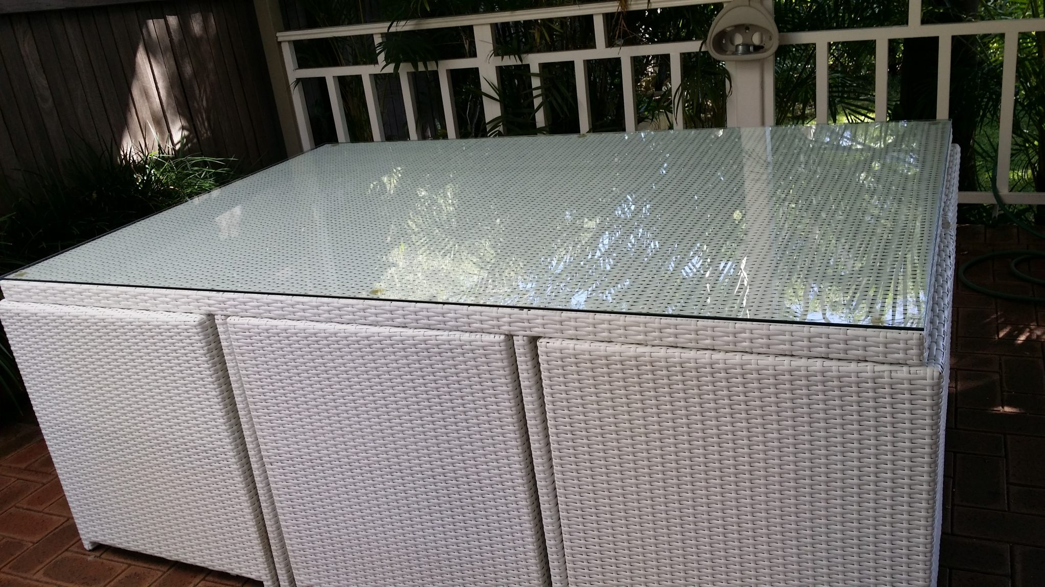 Outdoor glass table top